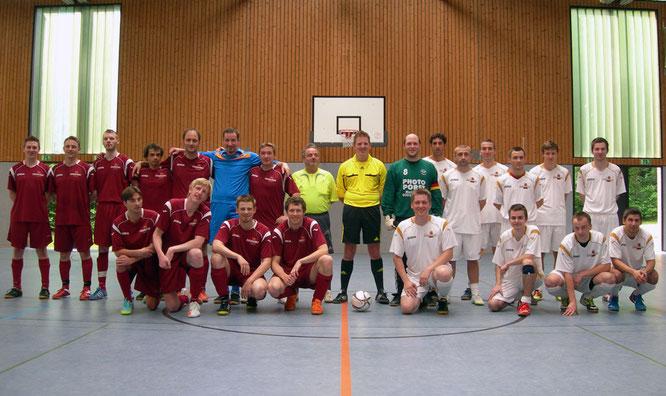 Futsalicious Essen e.V. Futsal Testspiel Erste Mannschaft gegen Zweite Mannschaft am 07.05.2011 in Essen, NRW