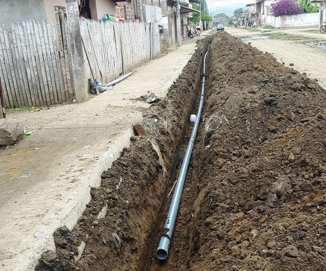 Mejoran servicio de agua en ciudadela de chone revista - Tuberias para agua potable ...