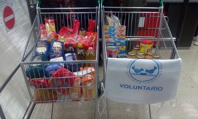 Recogida en el supermercado Ahorramás de Artilleros