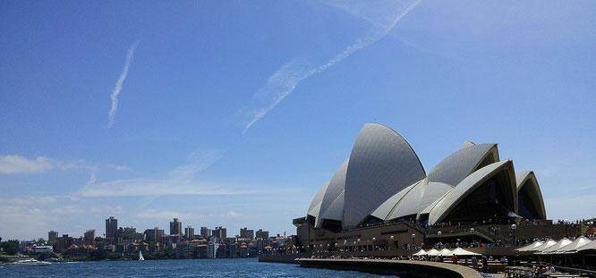 Das am 20. Oktober 1973 offiziell von Königin Elisabeth II eingeweihte Sydney Opera House