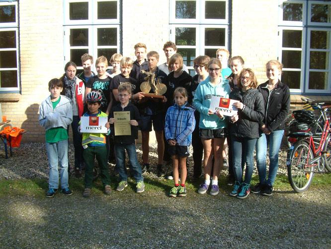 Die Siegermannschaft vom CVJM Südangeln mit insgesamt 896,5 gefahrenen Kilometern