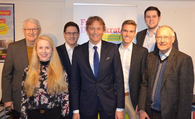 (v.l.n.r.): Ehrenvorsitzender Manfred Hegel, Berit Seidel, Dirk Bursian, Ingo Besselmann, Martin Stollberg, Patrick Büker, Ernst Sebbel