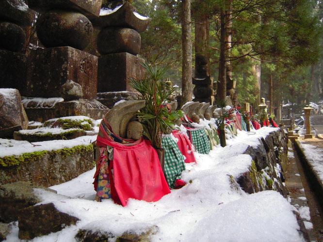 冬の奥之院