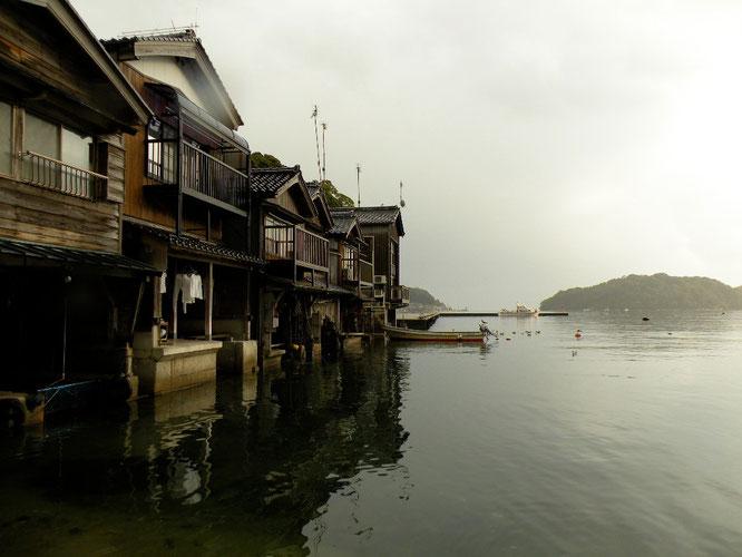 舟屋の町並み