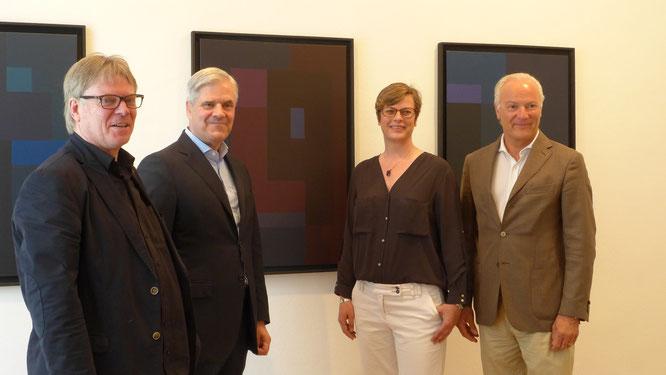 Museumsdirektor Burkhard Leismann, Dr. Andreas Dombret, Silke-Anna Linnemann, 1. Vorsitzende des Förderkreises und Jürgen H. Conzelmann, Leihgeber (v.l.n.r.)