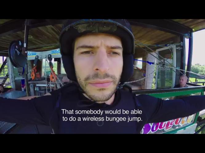 Bungee jumping senza fili salto wireless ikea pubblicità