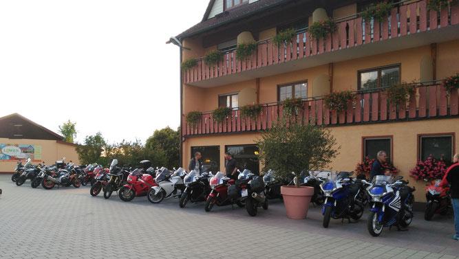 2017 - Saisonausklang in Marschalkenzimmern Hotel & Gasthof Löwen