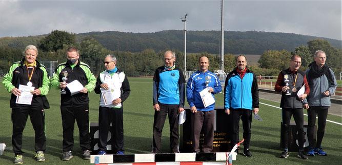 Siegerehrung bei den MS 4 mit den glücklichen Gewinnern aus Mutterstadt (Mitte)!