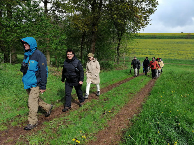 Kälte und Regen begleiteten die Teilnehmer bei der Wanderung      Foto: NABU/Uwe Wedegärtner