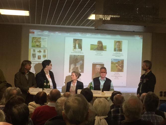 Die Mitglieder des Podiums. Foto: Marion Zöller