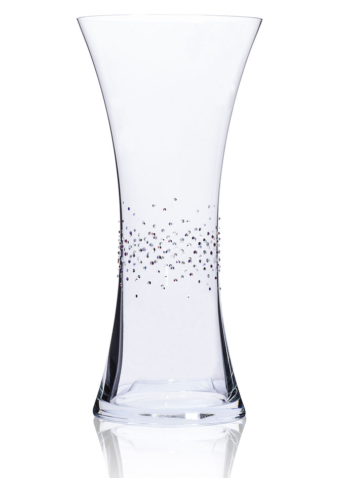 810b7623b8c Refined with crystals from Swarovski®. Vase Titan