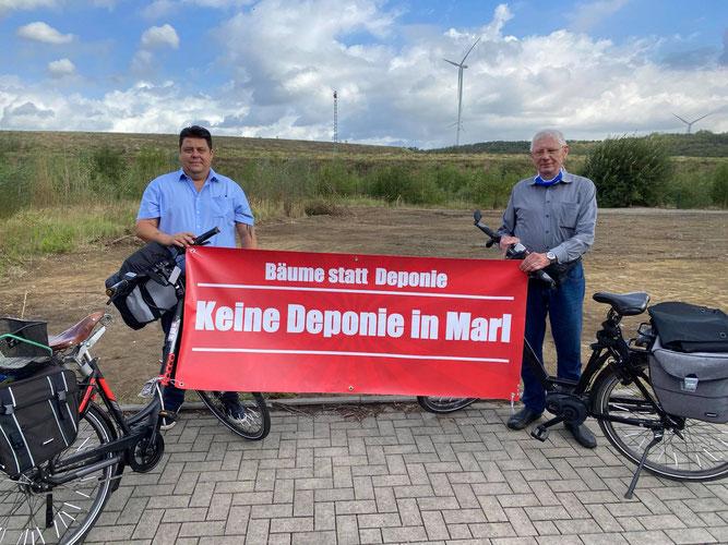 Freddy Schoknecht und Erwin Gebauer luden zur Radtour rund um die Halde ein.