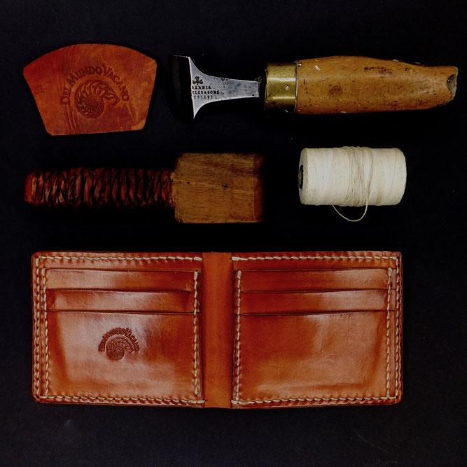 BRIEFTASCHE | Geldbeutel  pflanzlich gegerbtes Leder | 6 Kartenfächer, 2 Einsteckfächer, 1 Geldscheinfach Del Mundo Vacano