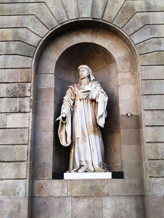 Уличная скульптура Барселоны. Жоан Фивельер