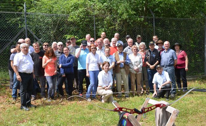 Bogenschützen und Schützen aus Vienne und aus Esslingen in Vienne