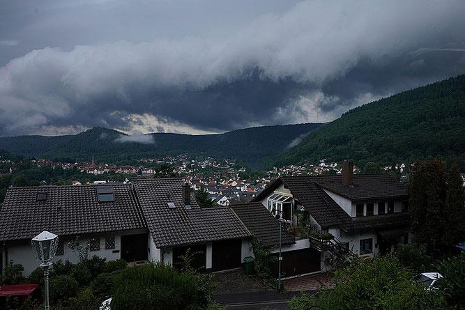 SCHLECHTWETTER-Bild: Sturmwolken über Neckargemünd am 15.06.2019 - Foto H. Idler