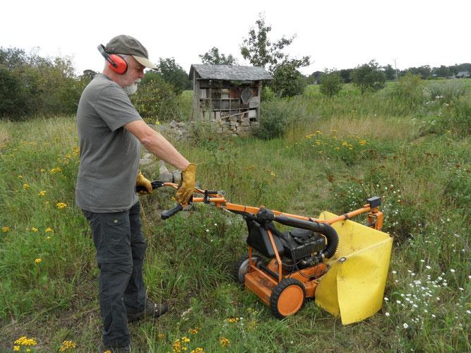 Unsere Arbeit ist vielfältig. Egal ob beim Arbeitseinsatz oder als Stimme für die Natur - Sie sind herzlich willkommen!