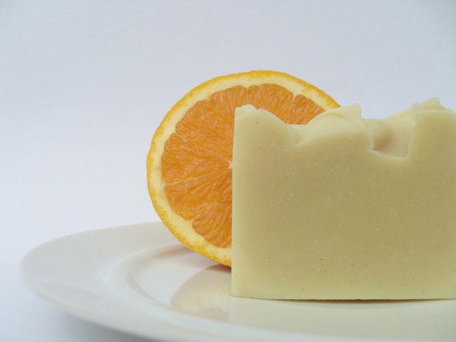 Naturseife mit Bio-Orangenöl und Nerolihydrolat