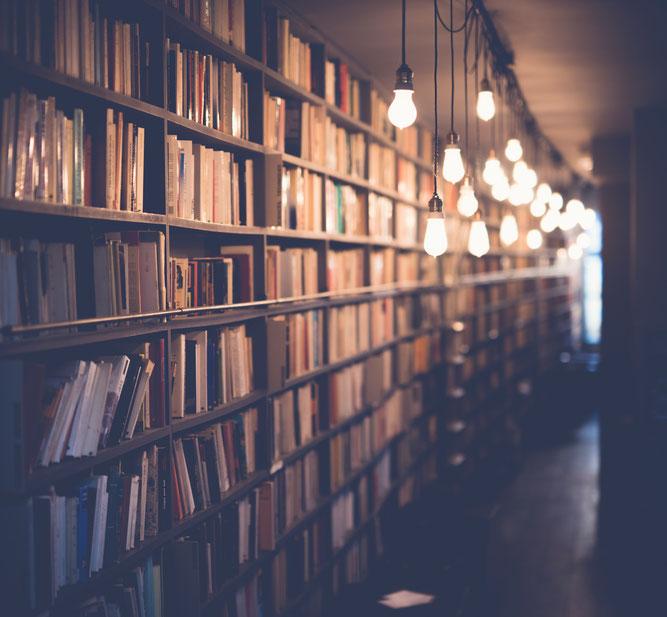 Bücher, Bibliothek, Bücherei, Buchladen, Licht an, Idee, Wissen