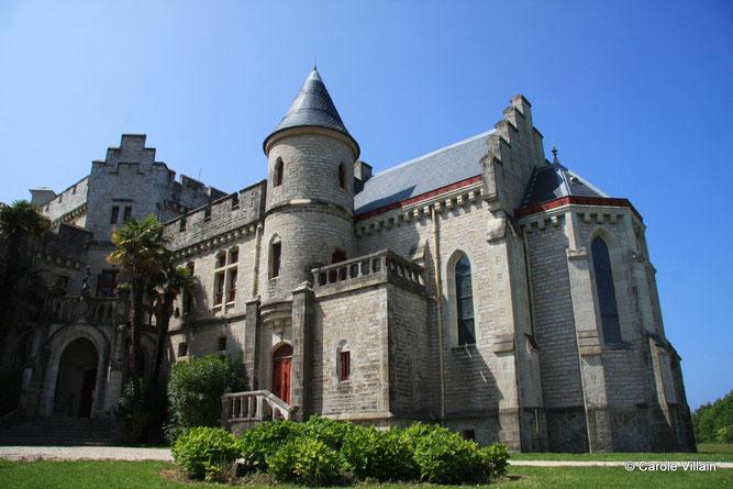 Découvrez les mystères de ce château dans un cadre idyllique