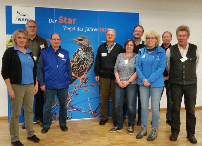 Das Foto zeigt wichtige Repräsentanten des NABU (von links nach rechts): S. Brandt, J.Einstein, M.Apfel, S.Frosdorfer, V.Schlossbauer, F.Mauch, K.Wernicke, H.Breitruck, M.Rösler