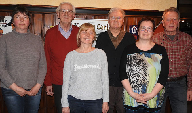 Foto (B. Frosdorfer): Der für zwei Jahre neu gewählte Vorstand (von links): Susanne Schosser, Dr. Herbert Schneider, Gerti Potschien-Roth, Siegfried Frosdorfer, Susanne Locher und Bernhard Florchinger.