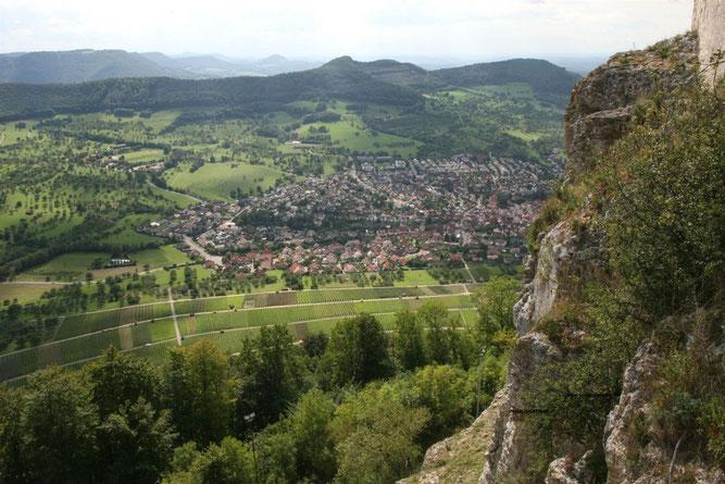 Blick auf Neuffen. NABU für Einhaltung der Landschaftsschutzgebietsverordnung. Foto NABU B.E