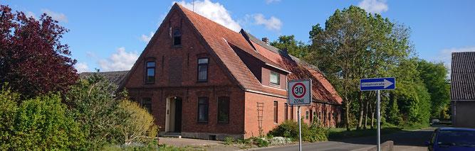 Abzureißendes Bestandsgebäude (Foto: NABU Bremerhaven-Wesermünde)