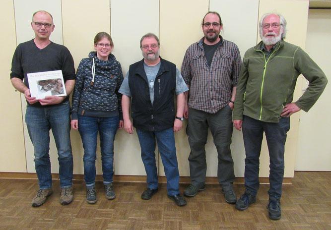 Detlef Pilgrim scheidet aus dem Vorstand aus. Anne Risse, Thomas Weber, Heiko Rebling und Bernward Rusche sind das neue Vorstandsteam (von links).
