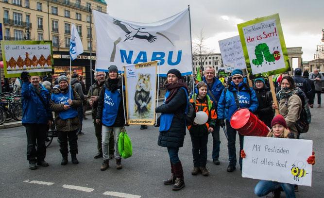 Demonstranten des NABU Leipzig. Foto: Ludo Van den Bogaert