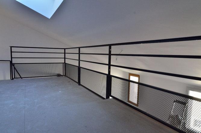 r alisation et pose de rampes et garde corps rambarde dans le 04 ou le 05 sisteron. Black Bedroom Furniture Sets. Home Design Ideas