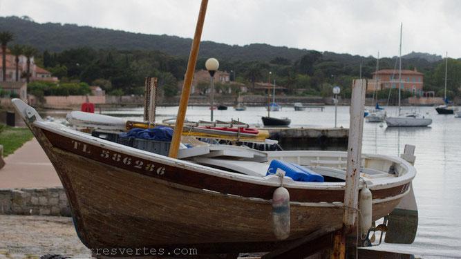 Le port de l'île de Porquerolles