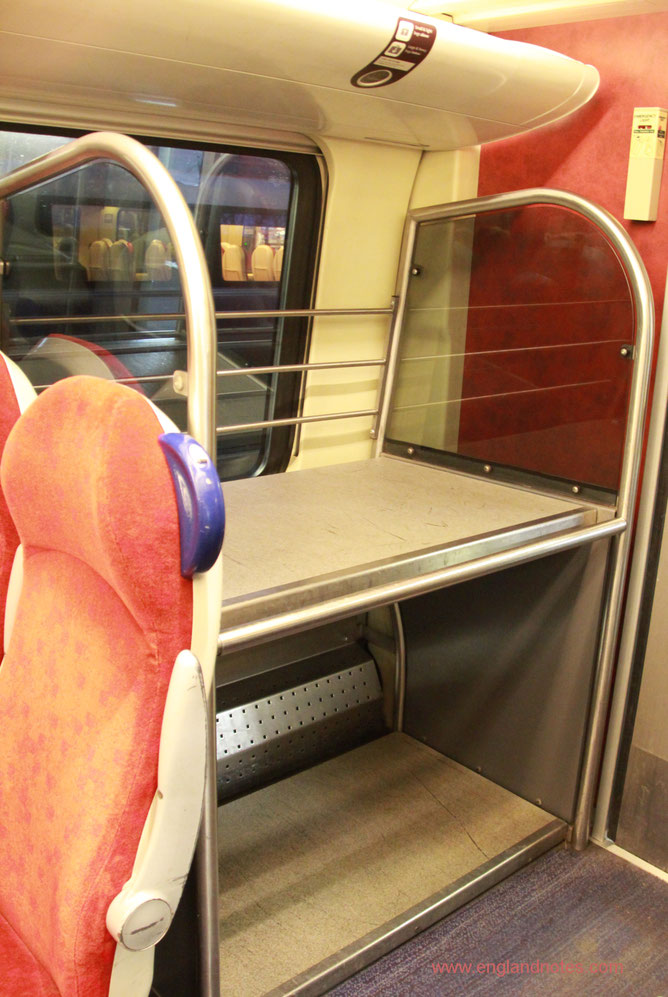 Mit dem Zug durch England reisen: Gepäckaufbewahrung