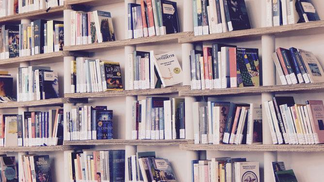 Klavierbücher im Fachgeschäft kaufen! Hier kannst du dir einen umfassenden Einblick verschaffen und vermeidest Fehlkäufe!