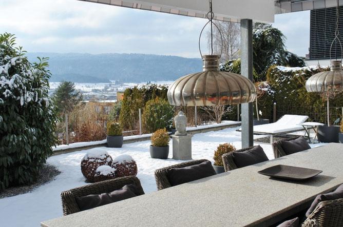 Herrlicher Ausblick: Auf der Terrasse