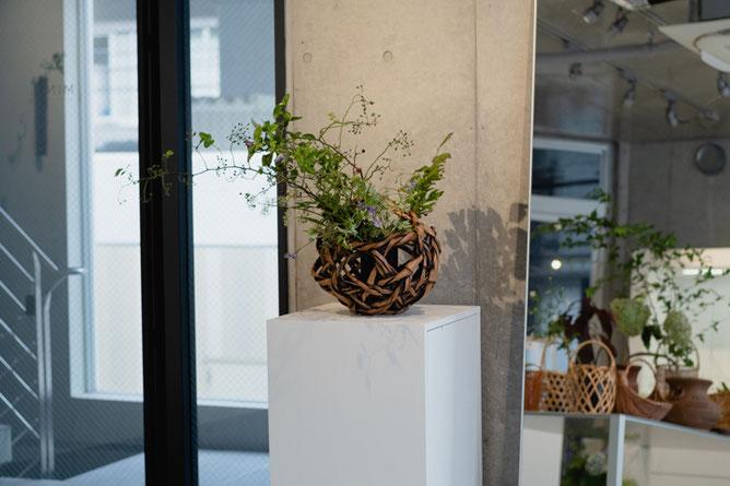 飯塚琅玕斎の兄、旭昇作の花籠