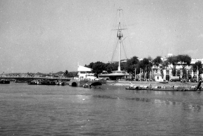 La Pointe des Blagueurs, repère du Port de Saïgon.