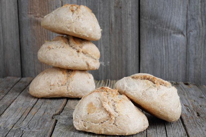 Schusterweckerl, mit wenigen Zutaten Brot selber backen, Brot backen
