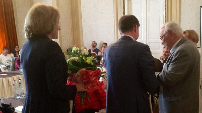 Поздравления юбиляров - супругов Ивановых