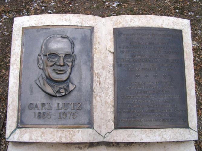 Памятная табличка Карлу Лутцу