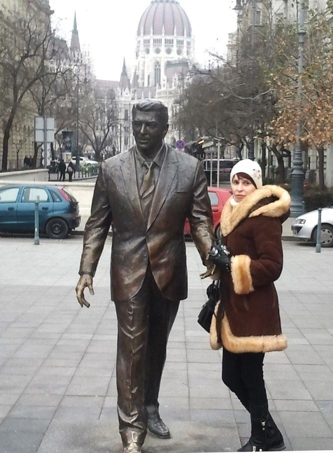 Памятник Рейгану