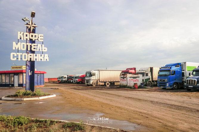Truckstop in der Nähe von Omsk/Russland