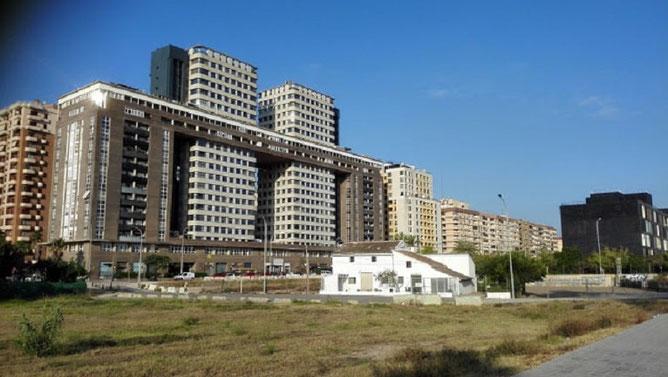 Alquería engullida por la ciudad y por la Universidad de Valencia