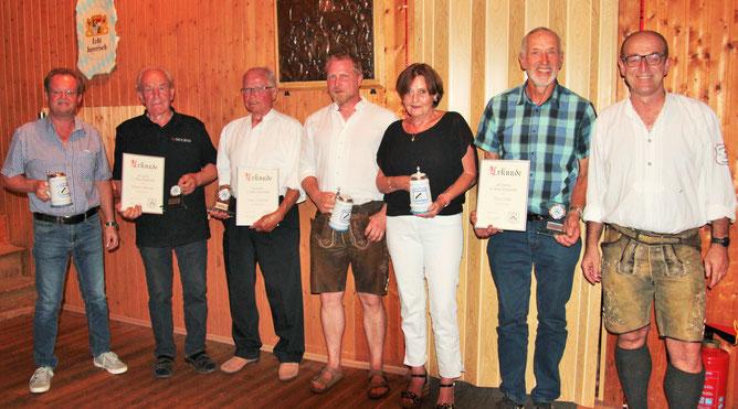 von links nach rechts: Jakob Schleipfer, Michael Obermair, Anton Grünerbel, Andreas Schlosser, Angelika Kniesl, Peter Lutz, Helmut Steiner