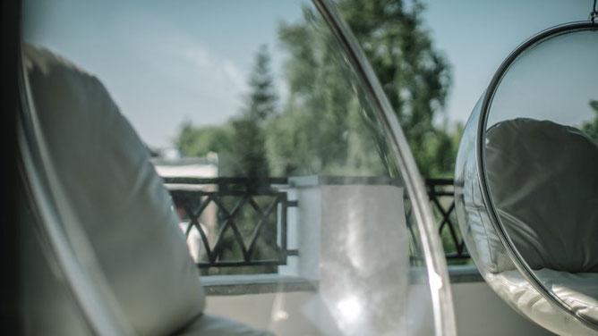 Möbelloft Moebelloft Loft Möbel Moebel Sessel Hängesessel Schaukelsessel Schaukel Ausgefallen Extravagant Selten Luxus Premium Edel Hochpreisig Teuer Promi Star Interior Einrichtung  NRW Essen Deutschland Germany Möbelhaus Boutique Konzept Innenarchitekt