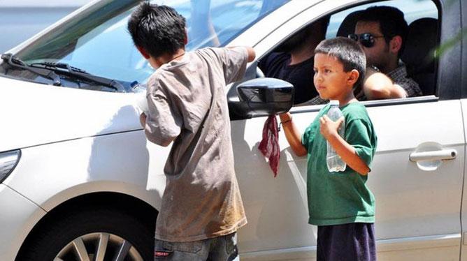 streetworker, streetfood, food truck, kinderhilfe, mindestlohn, soziale ungleichheit, strassenkinder, freizeitgestaltung, gelegenheits job, kochen, beten, brasilien,