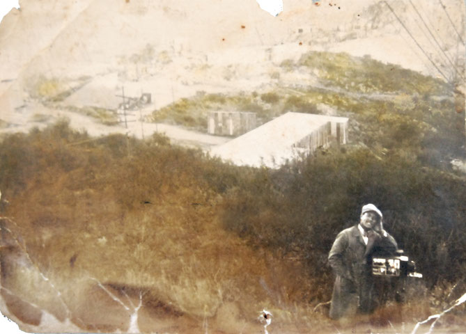 Avedis (Luis) Tobdjian in the hills of Córdoba with his first camara. (approx. 1932)