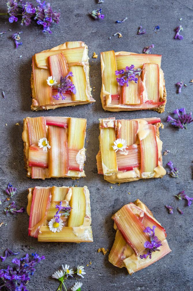 Vegan cake with rhubarb
