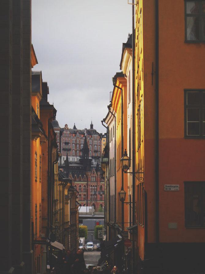 stockholm suède orange ville noir palais rue bigousteppes