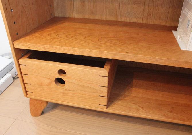 カップボードの棚板を再利用して作ったオープンシェルフ(厚木市・I様邸)用の小箱
